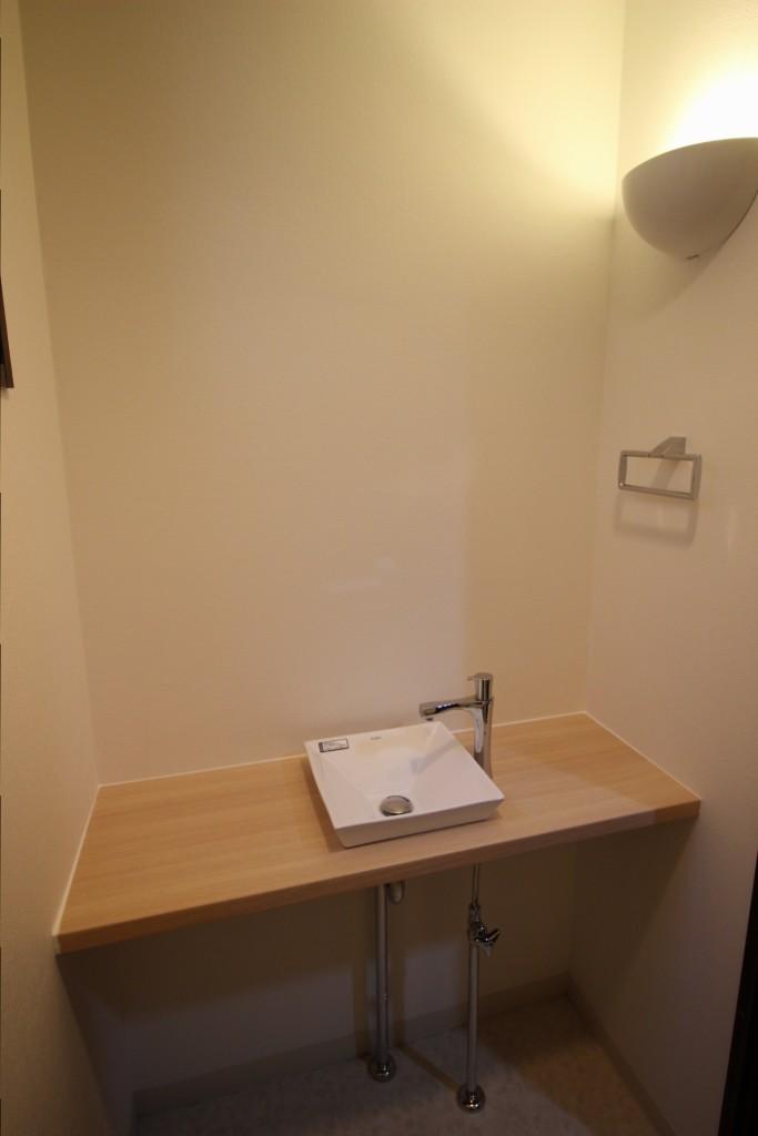 トイレ手洗器 IMG_7075